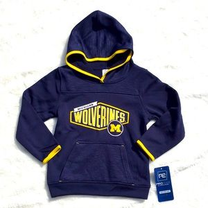 NWT Boy's 4T University of MI Wolverines Hoodie